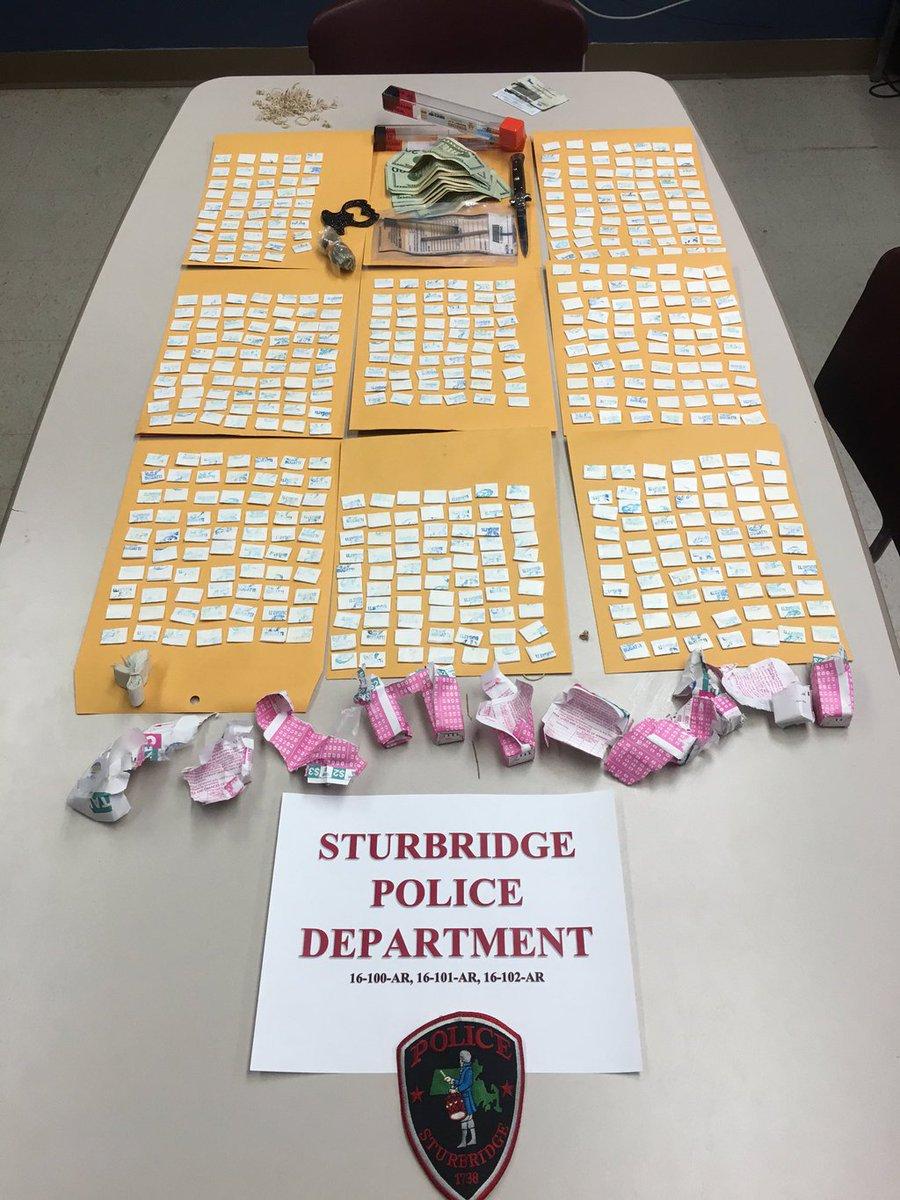 Police: 539 bags of heroin seized in Sturbridge