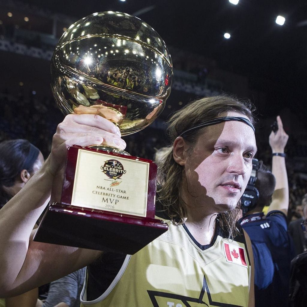 NBAAllStarTO Win Butler of Arcade Fire receives the MVP trophy after Team Canada defeated…