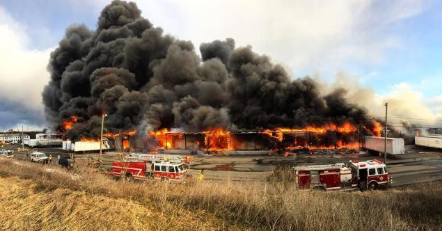 Huge New Jersey fire burns out of control for 20 hours
