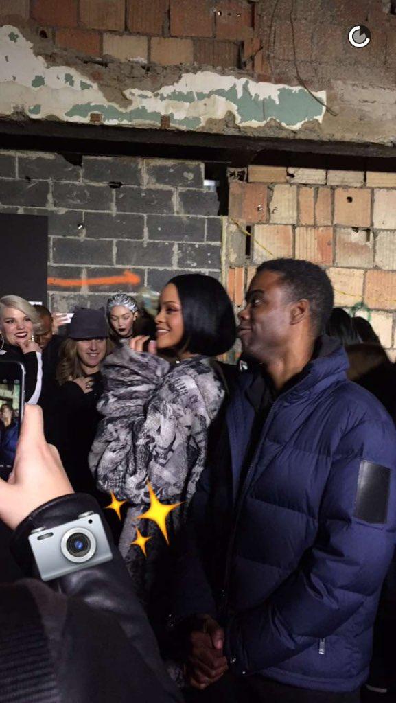Noticias sobre Rihanna [10] - Página 46 CbDx5NOWwAA92gM