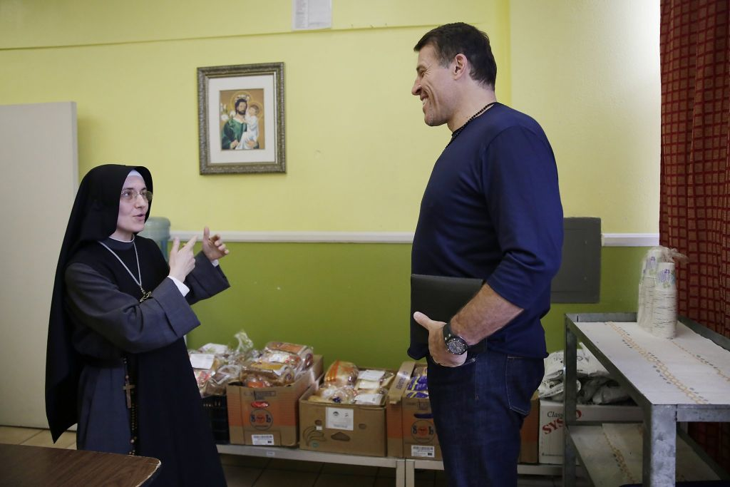 Tony Robbins saves homeless-helping SF nuns from eviction