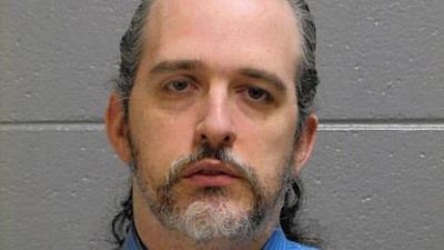 Prosecutors say 'con man' posed as psychologist, treated 44 patients via @royalpratt