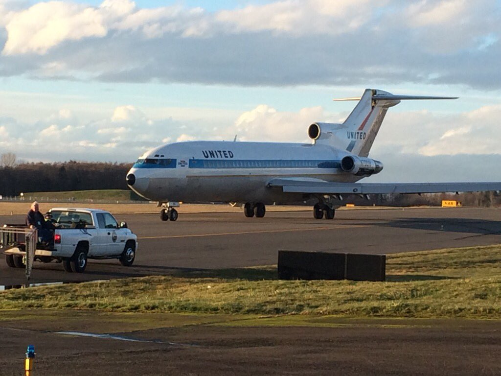 Very first 727 taxis today. Final flight from Everett to Museum of Flight at Boeing Field planned for March 1.