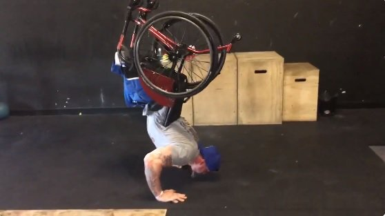 Man without legs becomes Crossfit pro, gives back to others with disabilities