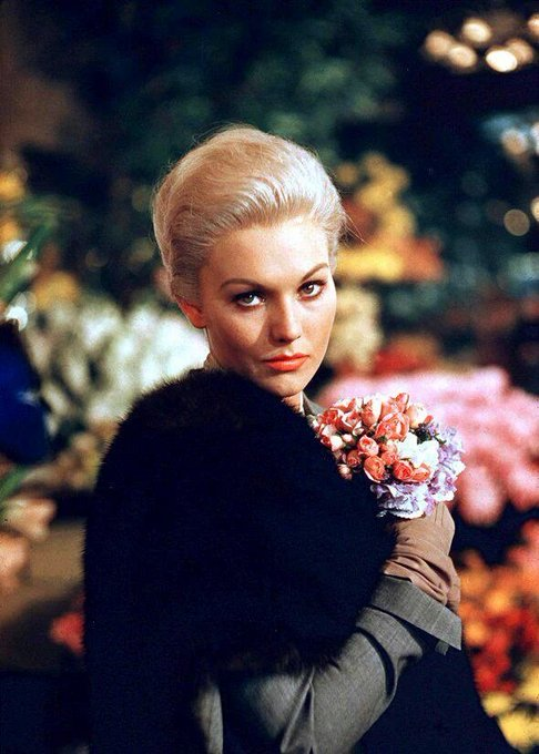 Marilyn Pauline Novak (Kim Novak) born February 13, 1933.  Happy birthday.