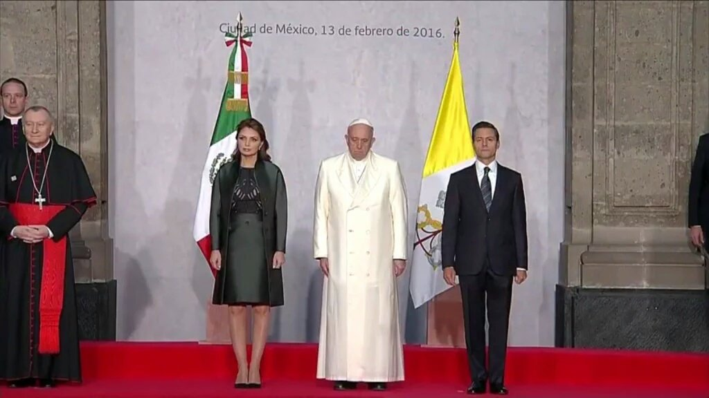 Thumbnail for El papa Francisco es recibido con expectativa en México