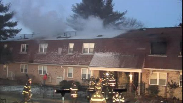 2 injured, 4 apartments destroyed in Bucks County blaze-