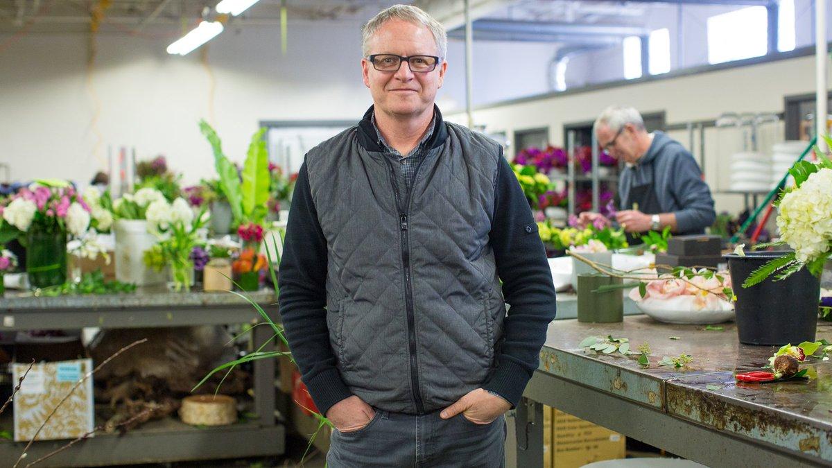 Meet the Boston man behind 200,000 roses