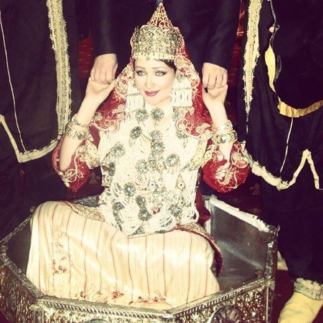 نقافات للعروس الجزائرية CbH7x1MUsAAt1jb.jpg