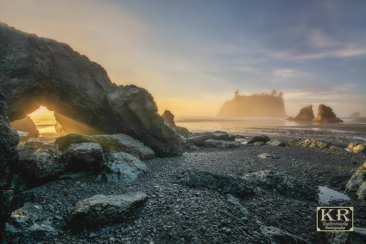 Beautiful but foggy Ruby Beach, captured by @krbackwoods photography! Thanks for sharing :)