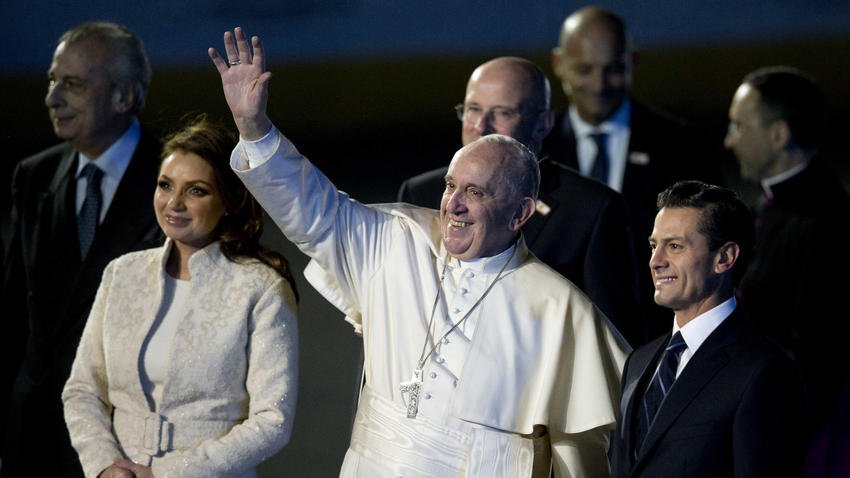 During first full day in Mexico, pope urges building a future of hope in a land of despair