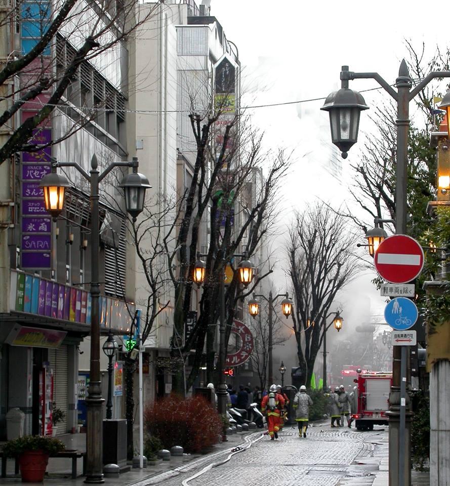 結構煙が出てるみたい #福島市 #火事 #パセオ通り https://t.co/wTRH9qROKl