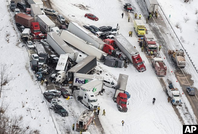 Three killed, dozens injured in Pennsylvania pileup
