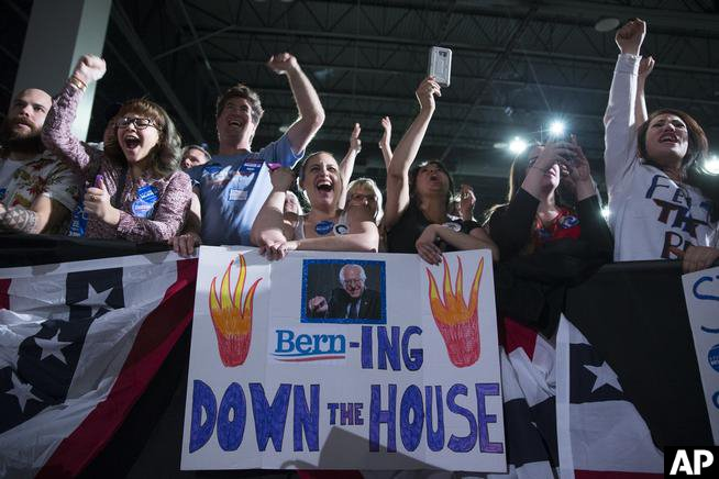 Bernie Sanders fires up Colorado Convention Center crowd by @joeybunch