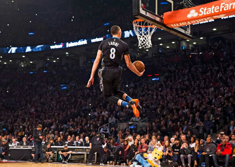 Zach LaVine and Aaron Gordon wage epic battle in NBA dunk contest