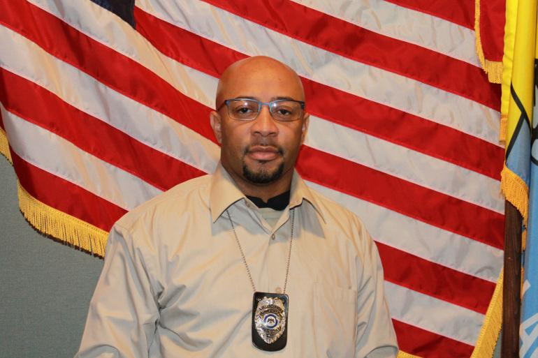 Police identified the Clarksdale officer who was shot as Corporal Derrick Couch.>>