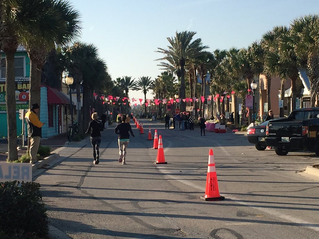 Not many marathons have this sweet a view..One of the many perks of RunDONNA. betheFINISH