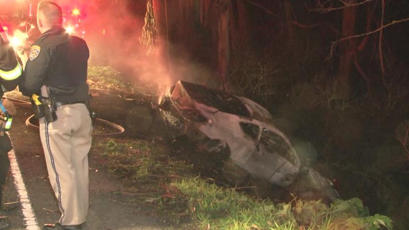 2 people killed in fiery crash on Hwy 1 in Bodega Bay