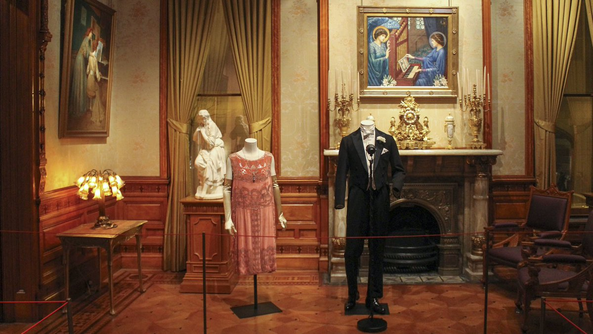 Chicago's new @DowntonAbbey exhibit is one for the ages.