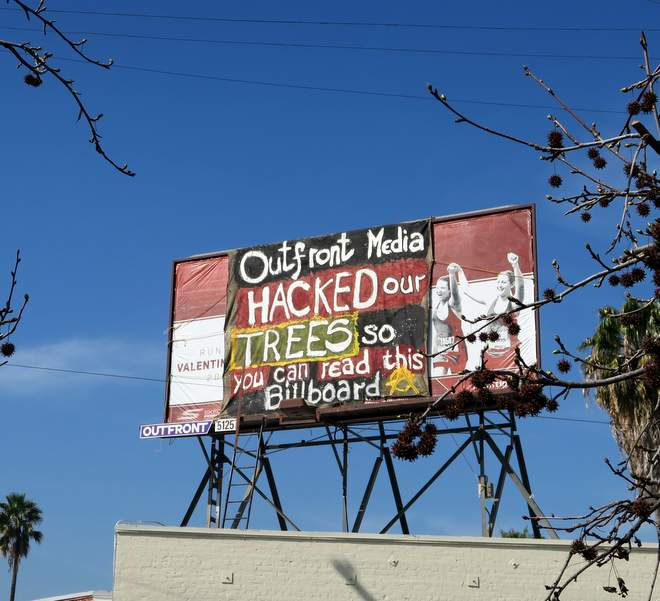 #SilverLake billboard cover-up https://t.co/9wVKN6gvbi https://t.co/ydaMBWcZjV