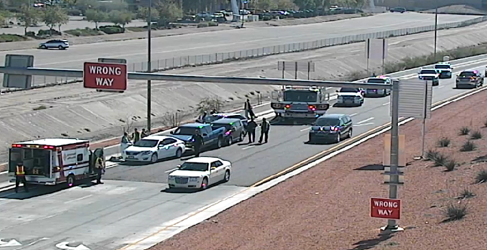 Glendale exit at L-101 northbound, slow down and stay left.