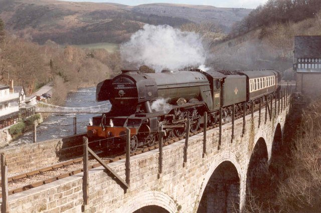 Flying Scotsman wearing its British Railways livery & numbering with double chimney #FlyingScotsman  Neil Kennedy https://t.co/MEgDjML5ti