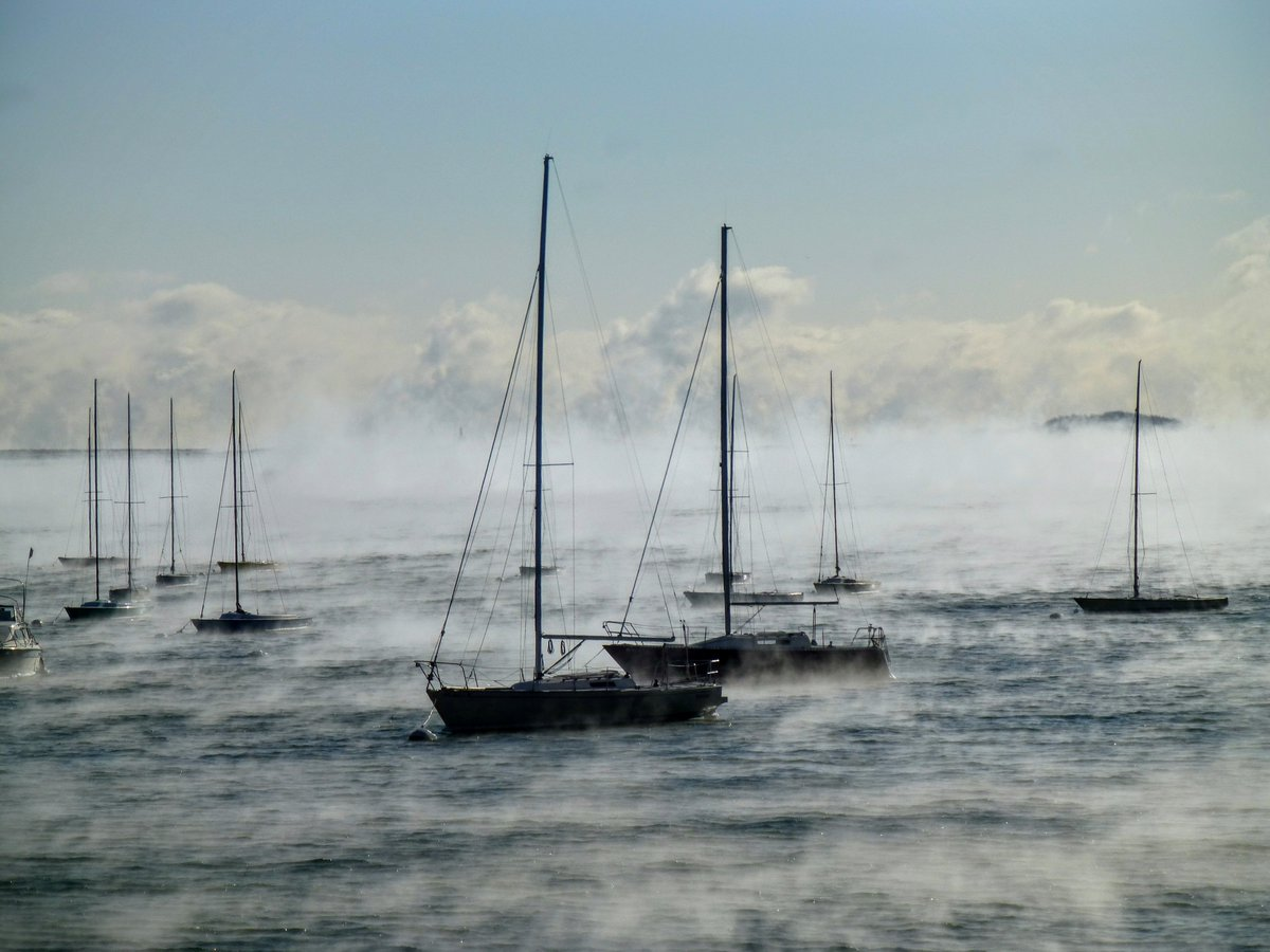 Going through work emails...love this SeaSmoke photo from Sonia Calderon. wbz
