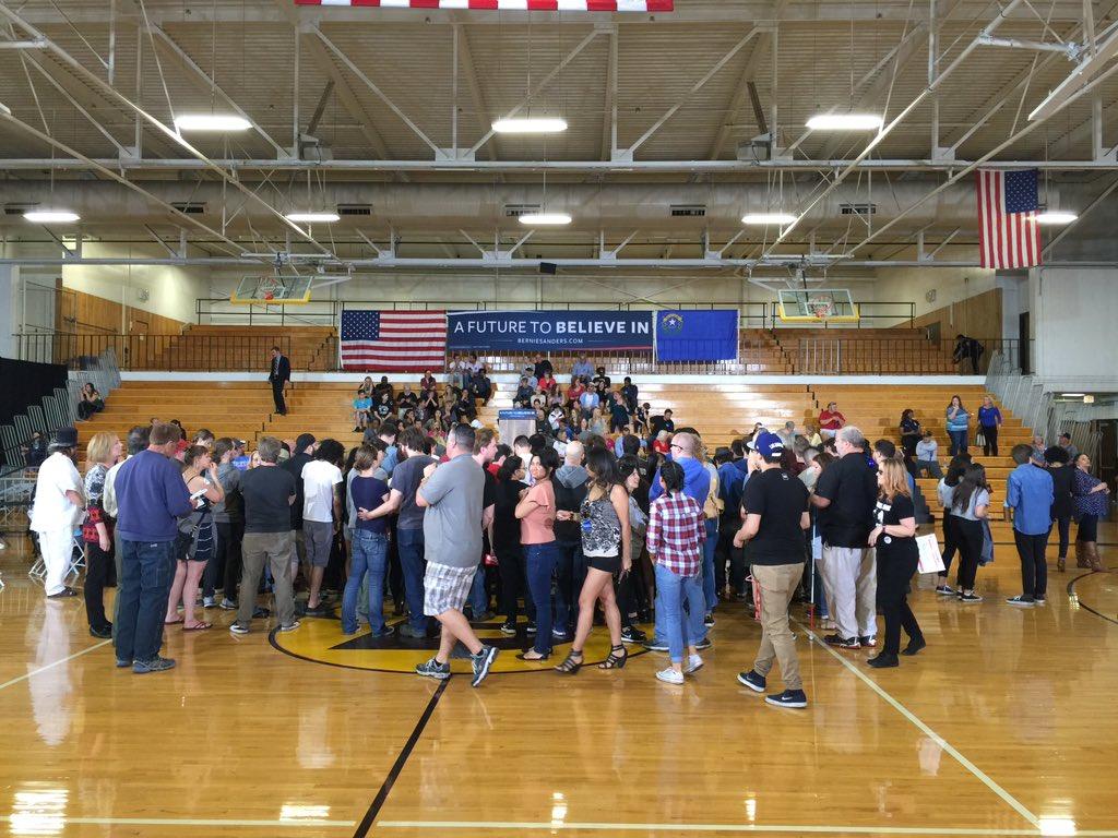 Crowd coming in. @BernieSanders @News3LV