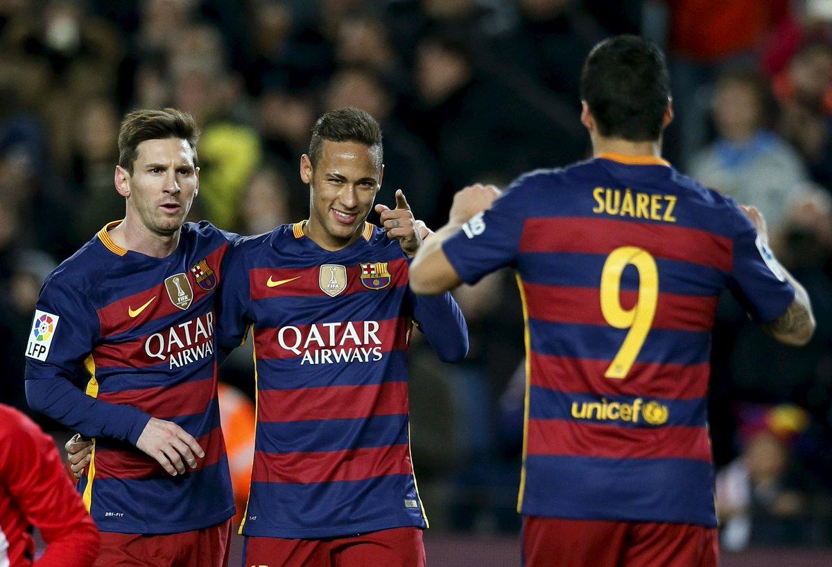Barca đạt 30 trận bất bại đầu tiên trong lịch sử
