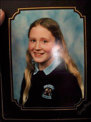 Just incase anyone ever wondered what I looked like at 9 😂🙈 my internal cringe https://t.co/Q2SiJ8k9bG