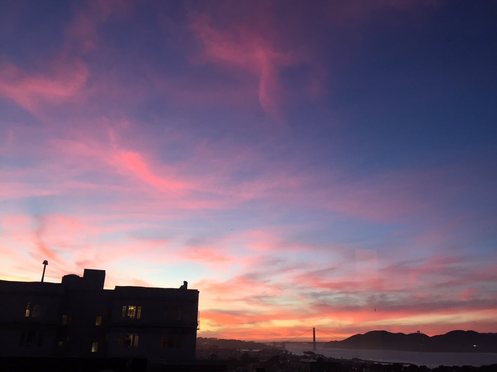 Pink skies for Valentine's Day sunset. Well done SF / @KarlTheFog. Love is definitely in the air