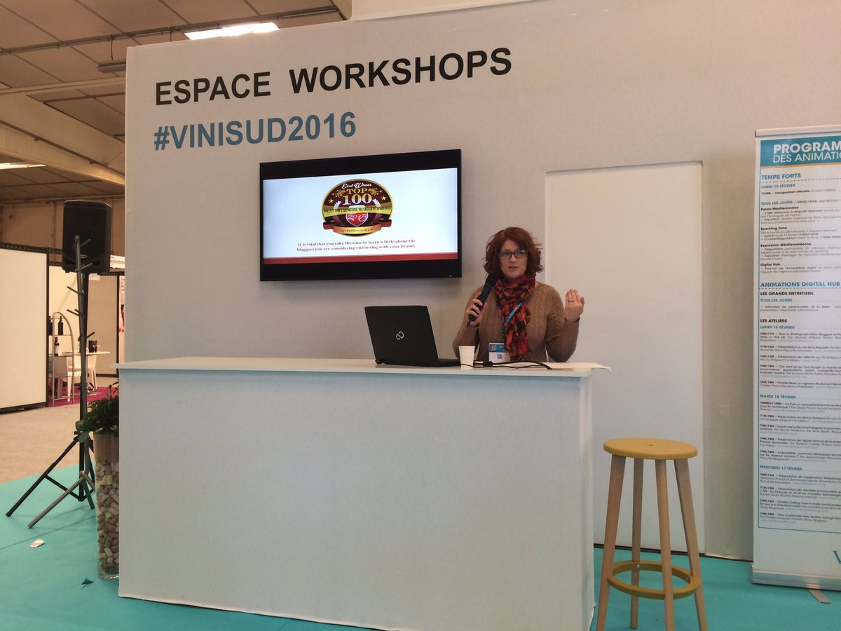 At #Vinisud2016 @Fiery01Red explaining how US wine bloggers use virtual tastings to build relationships & awareness https://t.co/zd1asviP6Q