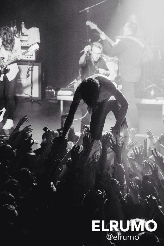 So @CageTheElephant were AWESOME. Love this pic from @elrumo https://t.co/Vyj3R71Kiq