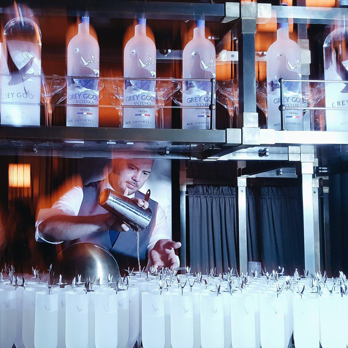 BAFTA after party #FlyBeyond #BAFTA #bafta2016 #GREYGOOSELeFizz #HarveyWeinstein @GreyGooseUK https://t.co/lUnHXaqpYP