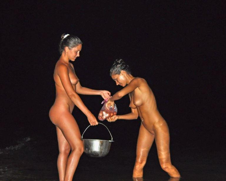 Naturist nude night