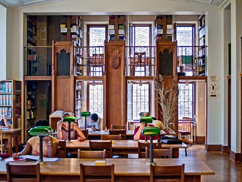 Book a group study room at the McGill Library : mcgill