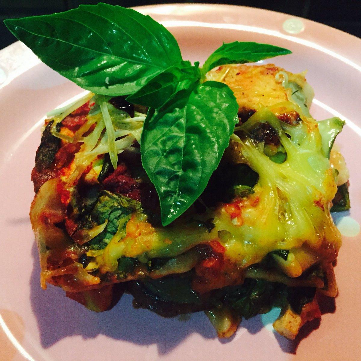 Home made #vegan #glutenfree lasagne - beautiful. Thanks to @ArtofZenFoods for the lush #cheese