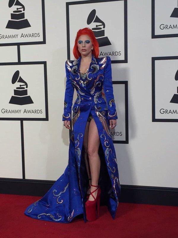 Lady Gaga Bowie style @radiovenus #GrammysVenus https://t.co/FZvYGEfDxo