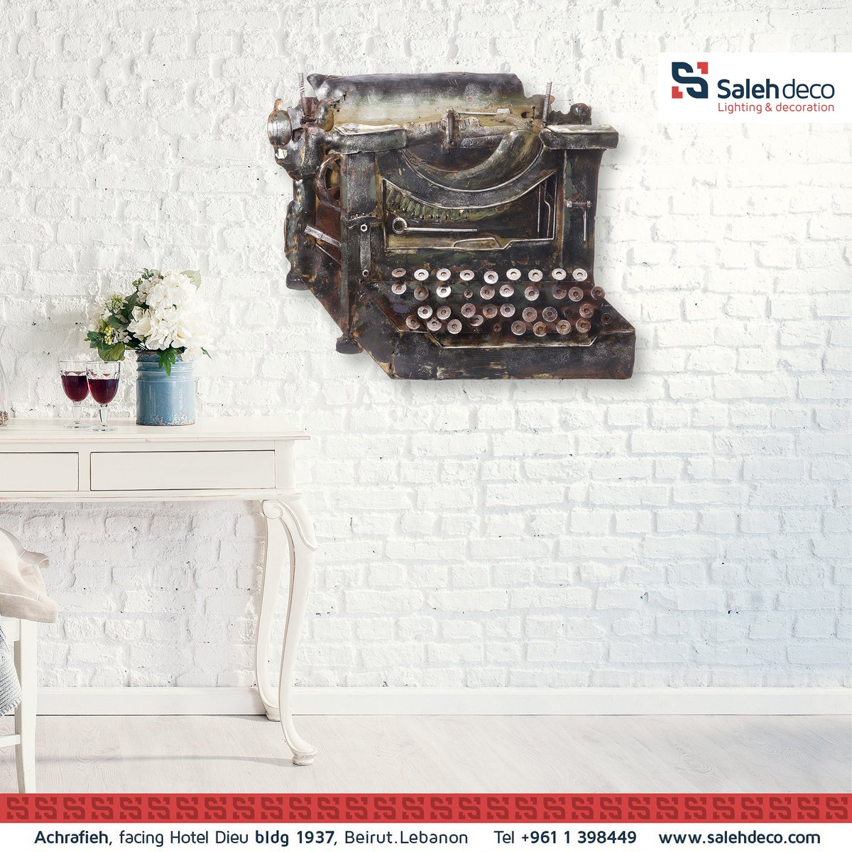 Metallic Typewriter to to add an Industrial touch to your wall! #interiordesign #homedeco #interiordesign #salehdeco https://t.co/iHT36krCiy
