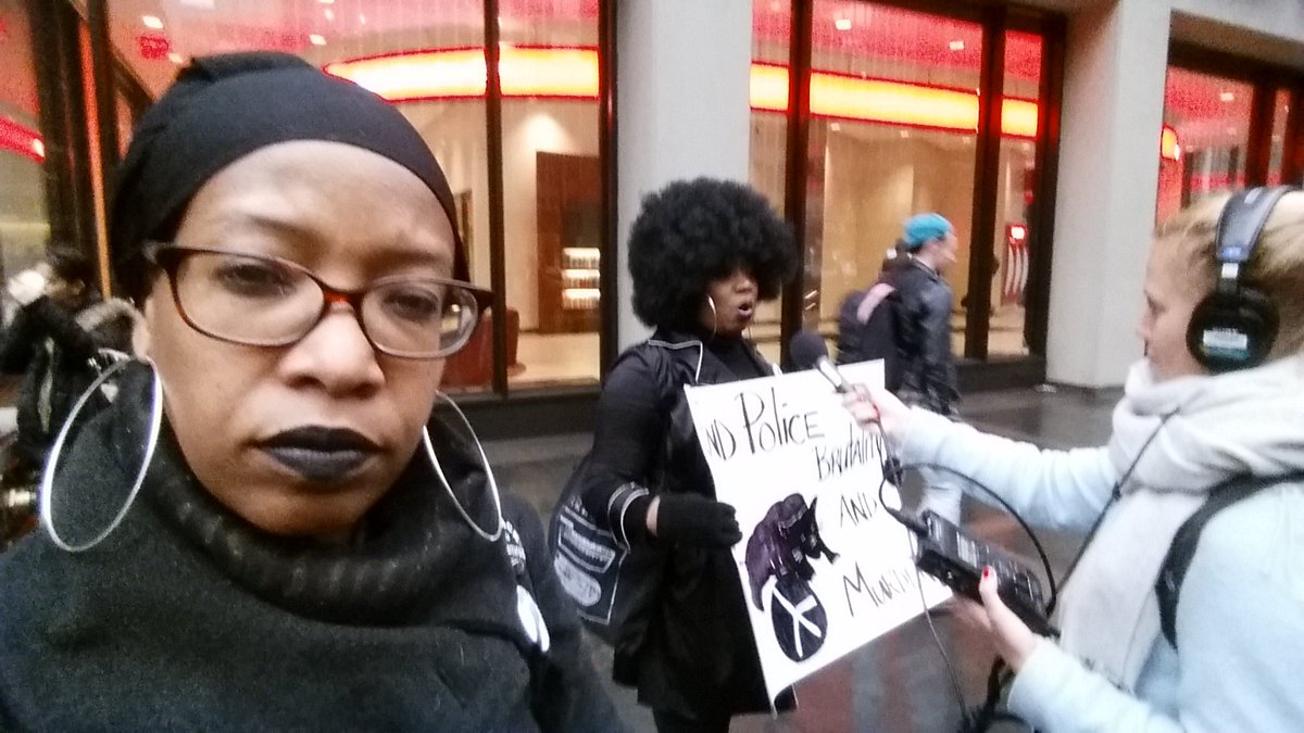 Anti Beyoncé rally falls flat in New York