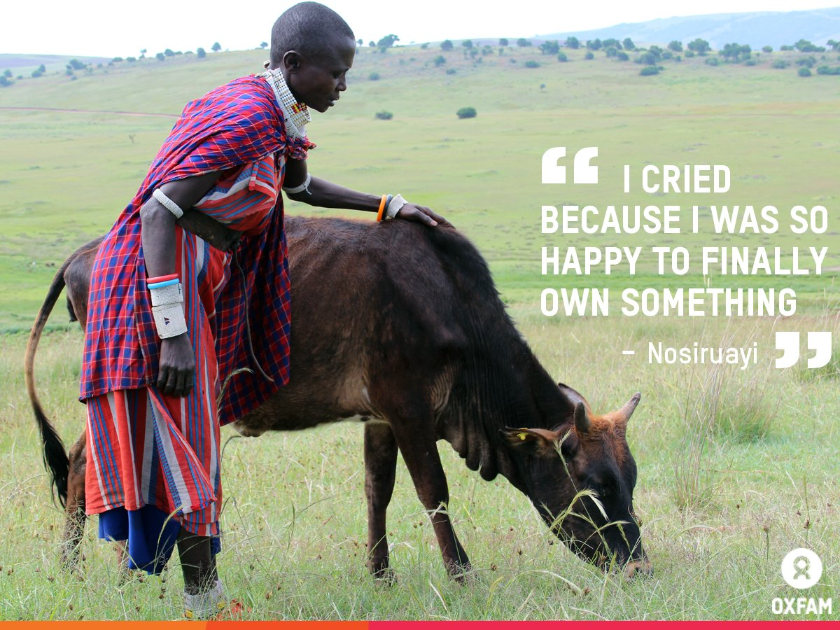 When Nosiruayi received her heifer she got so emotional. Her cow has now had its first calf https://t.co/jynTqYLqwR https://t.co/ai0RUvMGl2