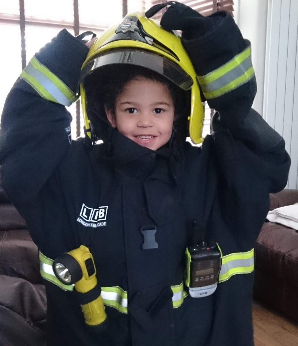 Urgent appeal for mixed raced bone marrow donors to help save firefighter's son #Match4Tommy https://t.co/1IvWaaTsWE https://t.co/M19PJHC7a6