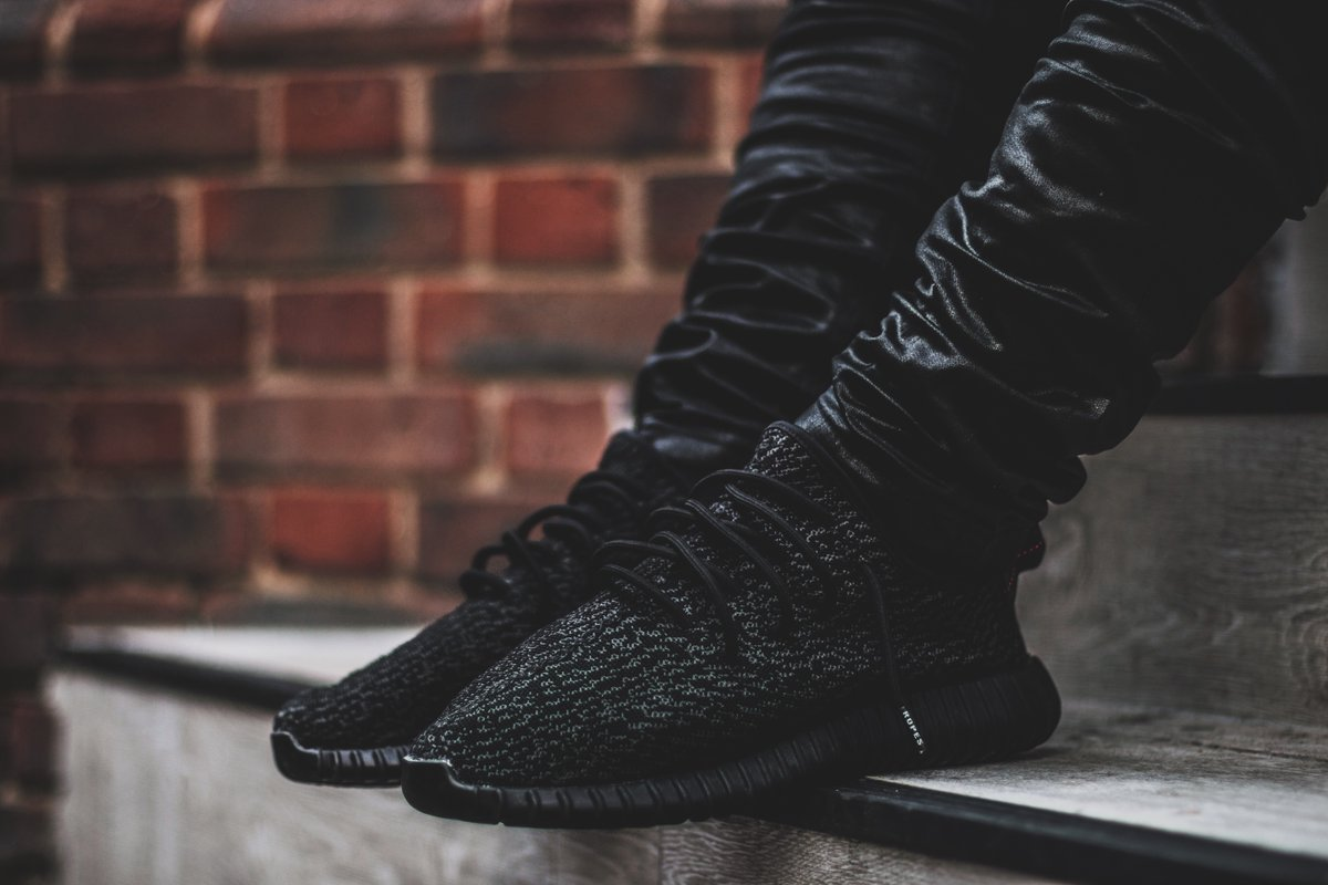 Adidas Yeezy 350 Boost Pirate Black 2.0
