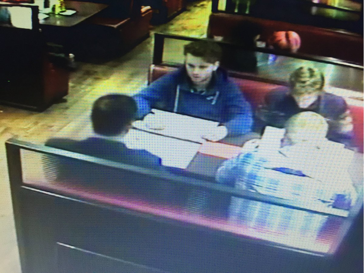Please RT - guys scared manager & walked on £450 bill Isl Sunday would love to talk to them #dinerdash who are you? https://t.co/lX0I9BFncE