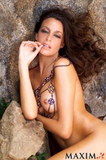 Alessia Mancini Calendario.Alessia Fabiani On Twitter Buonanotte Maxim Calendario