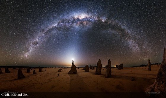 Milky Way over the Pinnacles in Australia: https://t.co/MUHgDvub5z by Michael Goh https://t.co/eYmk590LRz