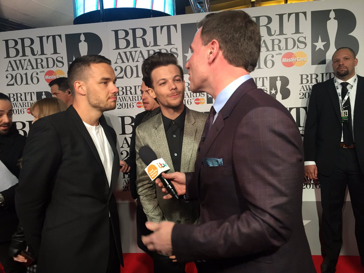 The lads! .@Louis_Tomlinson @Real_Liam_Payne @brits @GMB #BRITs #1D #LouisTomlinson #LiamPayne #GMB https://t.co/23hFahheAM