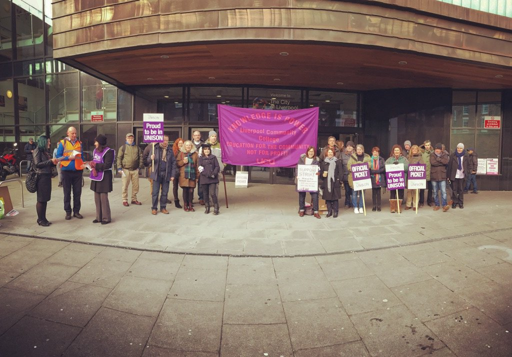 Strike action at City of Liverpool College joint action over pay dispute over pay cuts  #FEstrike24feb  #ucu https://t.co/LNgi0dINjp