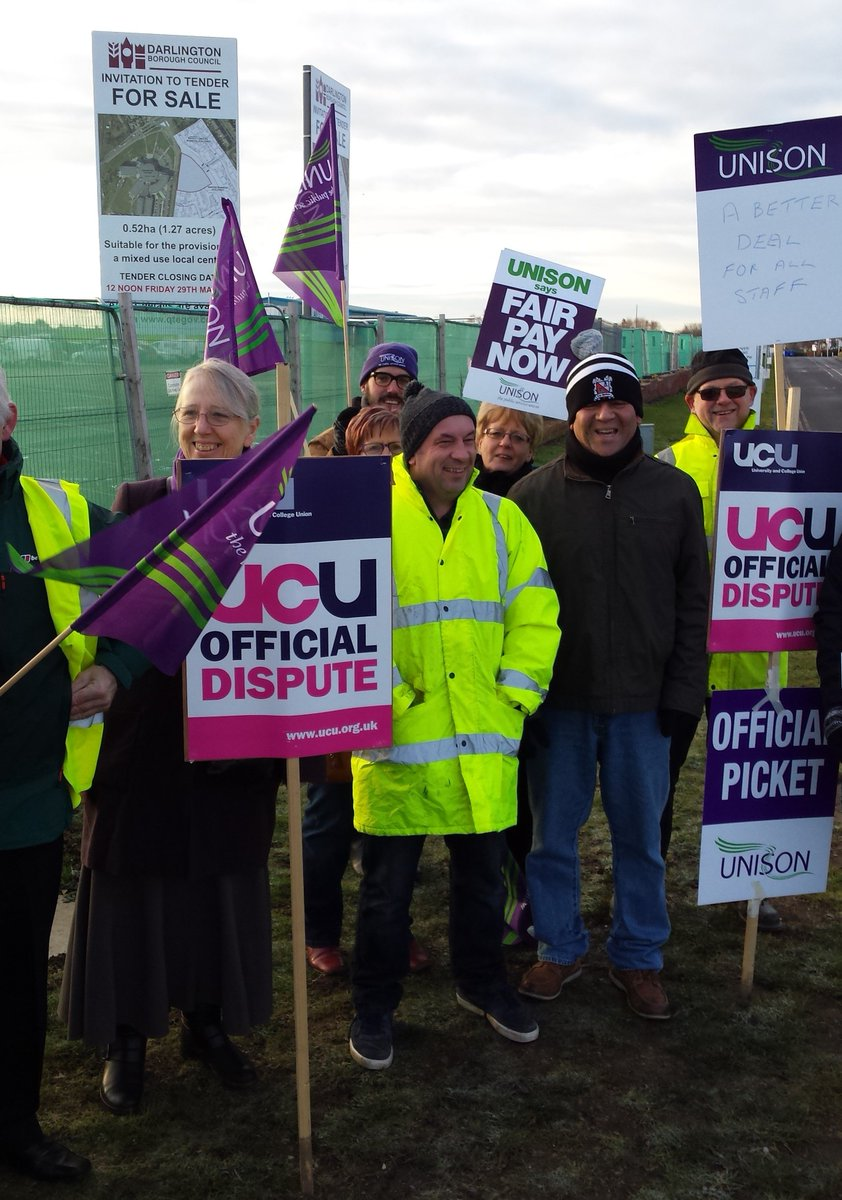 See photographs from our region's #FEstrike24feb pickets today https://t.co/zhdu5331ry  #FairPayInFE #UCUNorth https://t.co/D3f1WLG25E