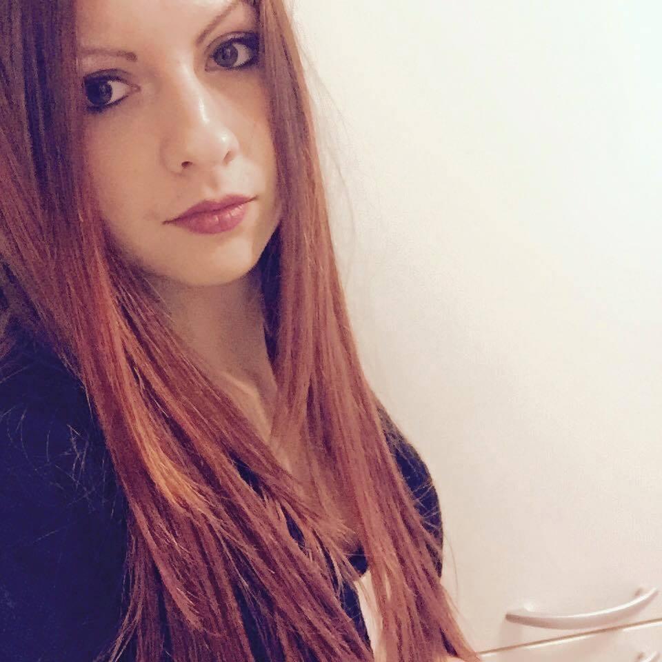 Rebecca Volpetti Betrügt Schwester